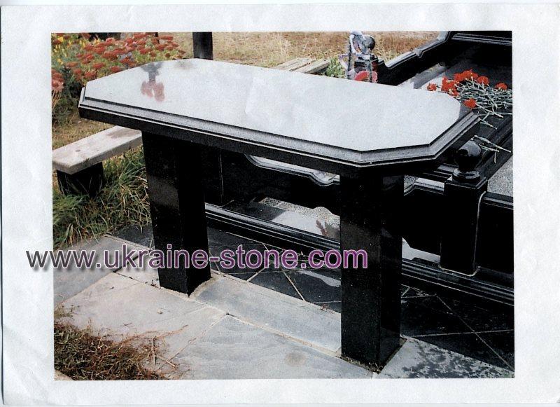 Гранитный стол на могилу