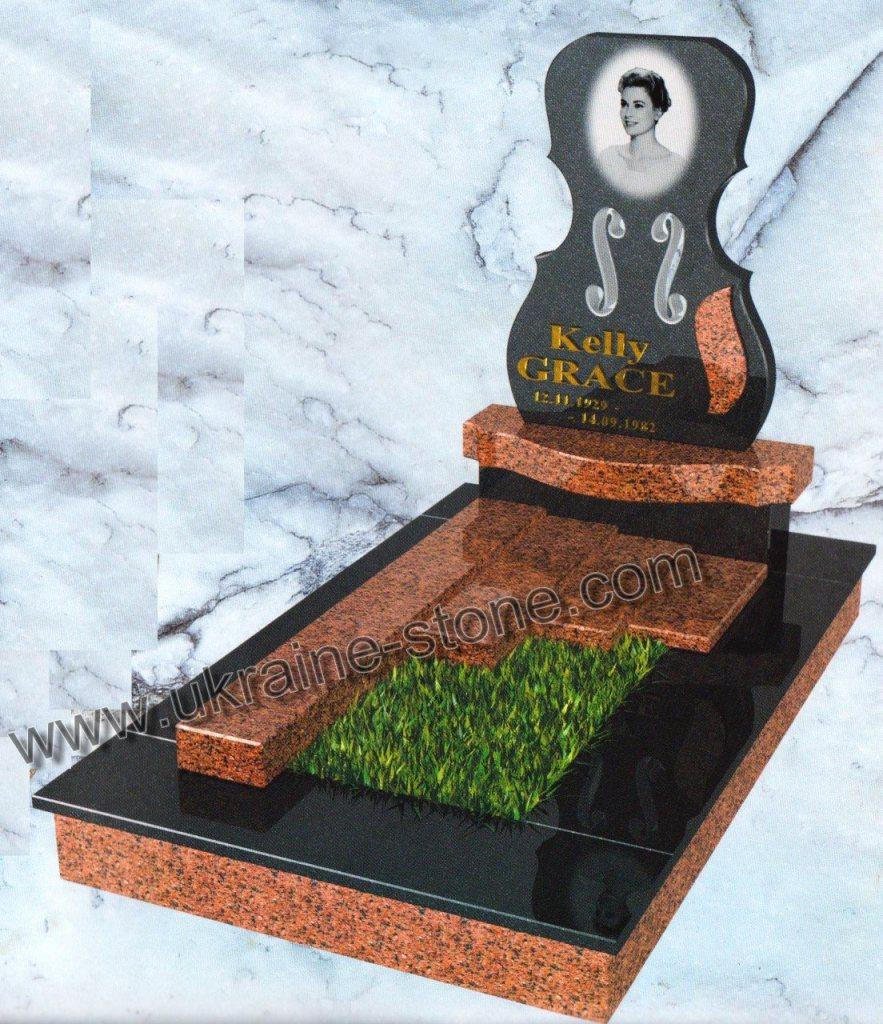 Памятник с нестандартным цветником